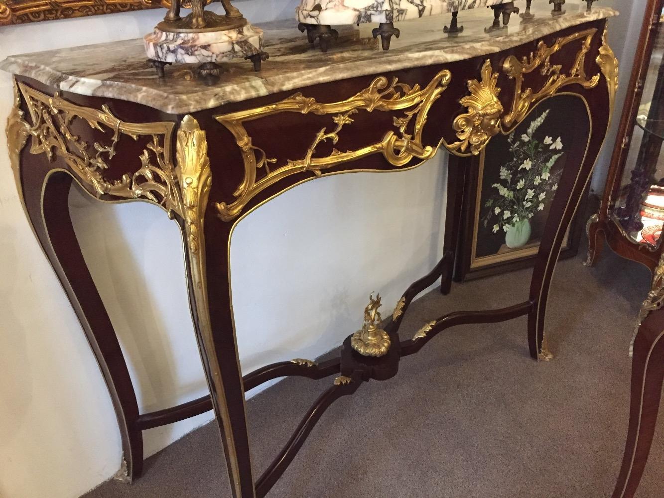 Grote Side Table.Grote Sidetable Met Brons En Marmer Blad Furniture Van De Moosdijk
